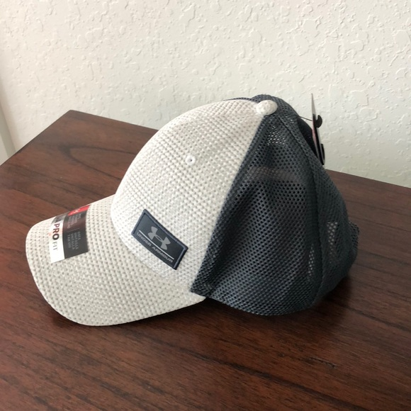 e6f9c9f684c UA (Under Armor) Pro Fit Hat